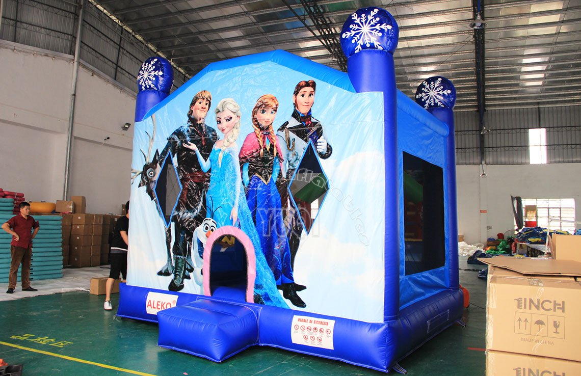 YUQI-Summer Frozen Digital Printing Commercial Bounce House For Kids