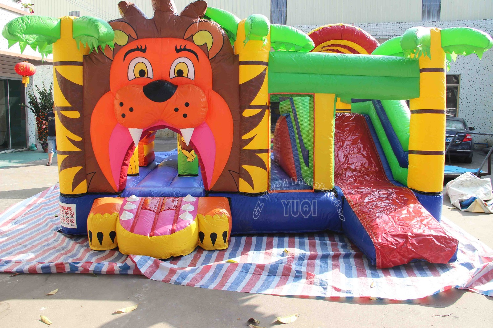 YUQI-Professional Jump And Slide Bouncer For Sale Water Slide Bounce
