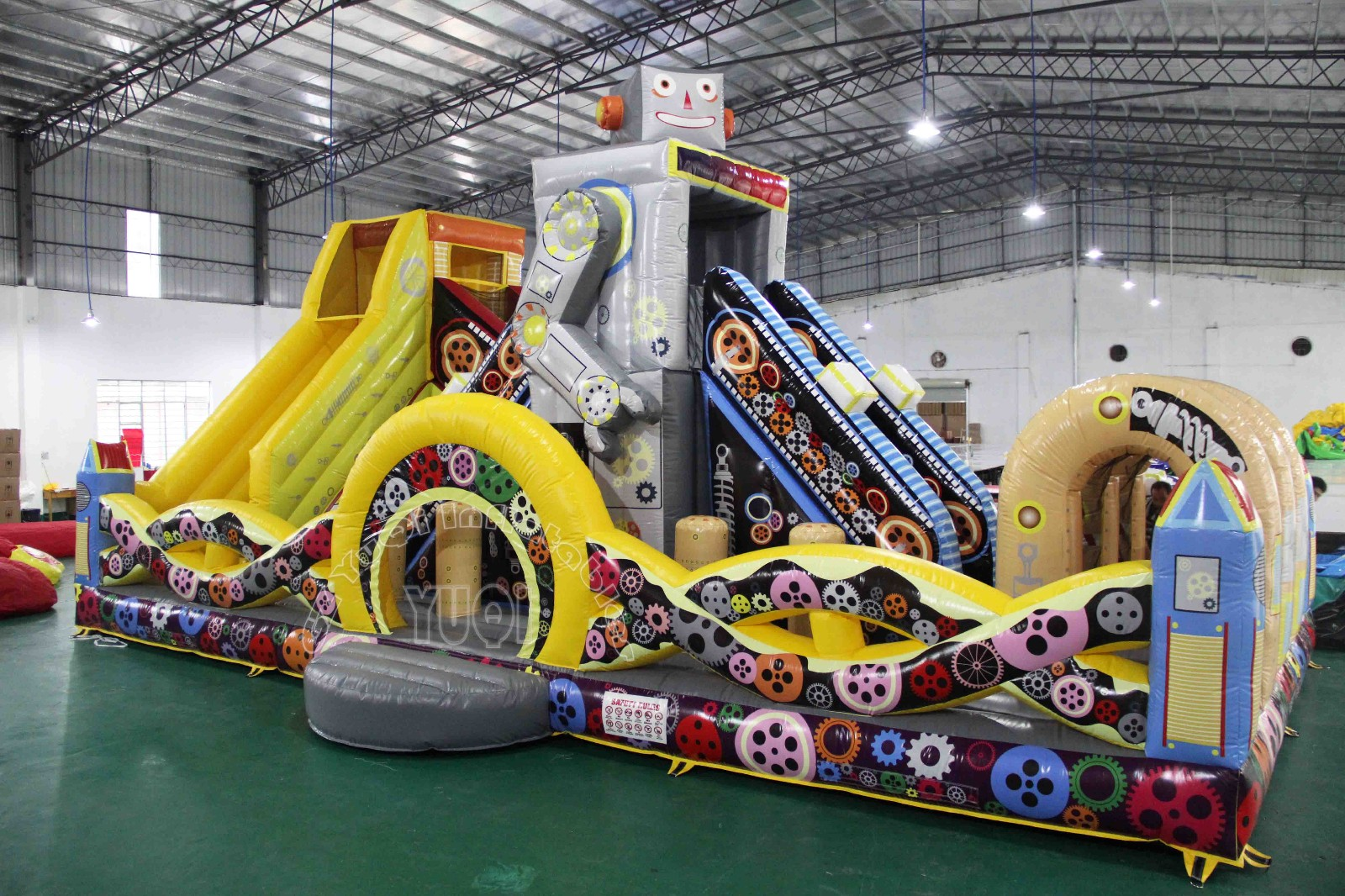 YUQI-Yq26 New Giant Inflatable Amusement Park And Hot Fireproof