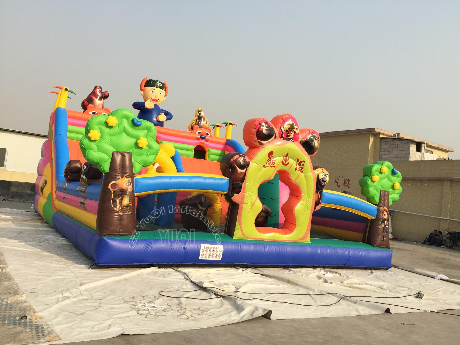 YUQI-China Outdoor Customized Hot Sale Funny Inflatable Theme Park