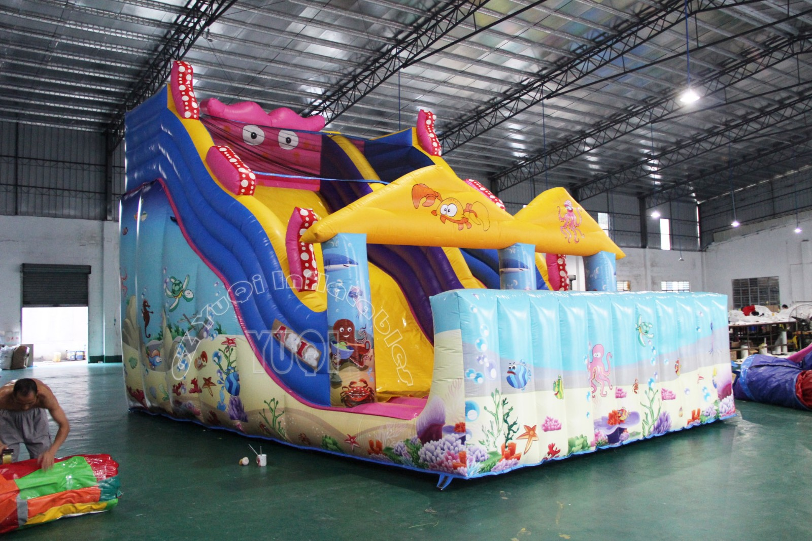 YUQI-Yq19 New Style Sewing Pvc Inflatable Water Slide Giant Inflatable