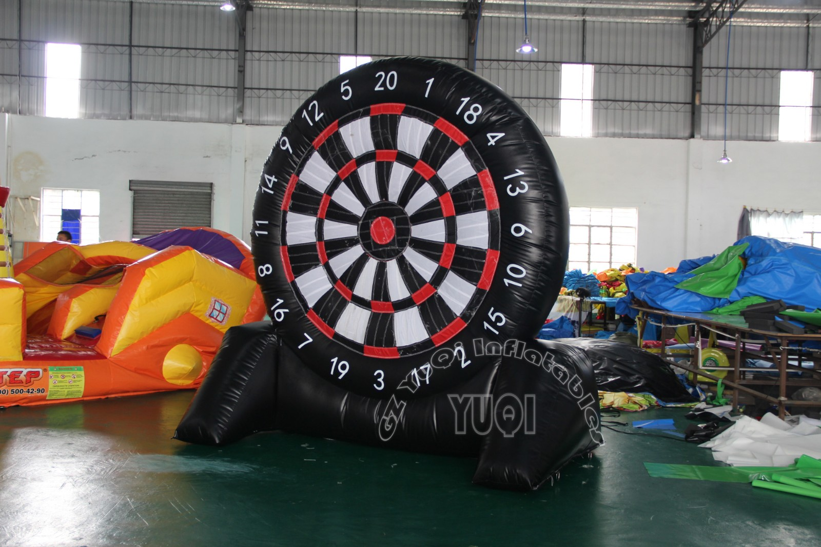 YUQI-Giant Yq66 Inflatable Sport Games Inflatable Soccer Dart Board