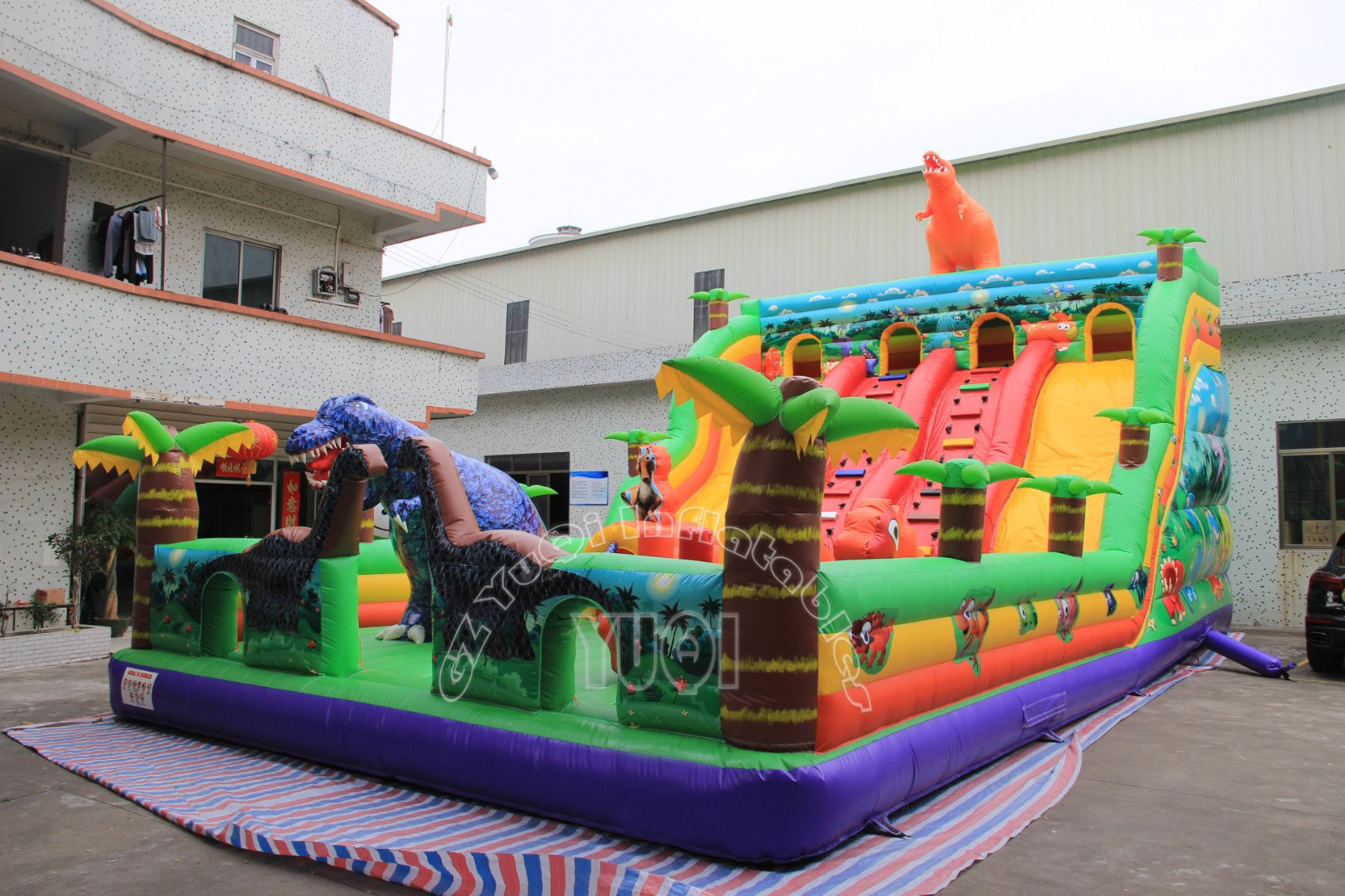 YUQI-Find The Pirates Bay Inflatable Play Park Inflatable Theme Park Adults