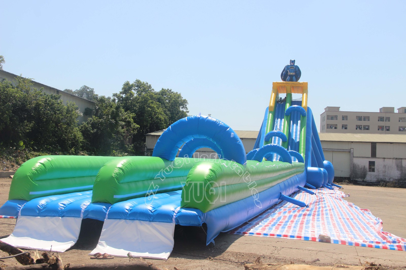 YUQI-Info Center | Giant Inflatable Slide Testing